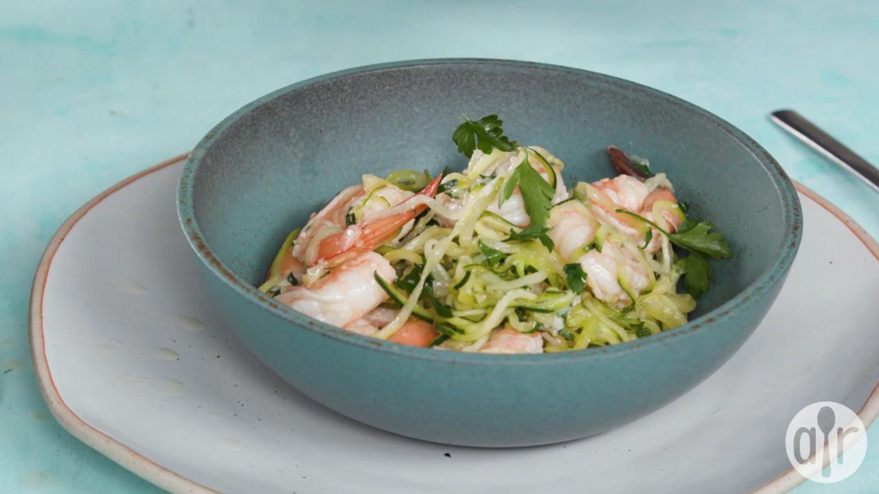 zucchini noodle shrimp scampi video
