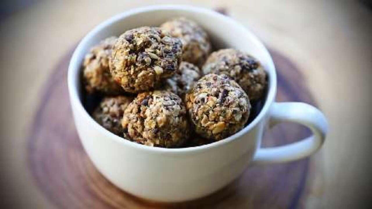 chocolate protein balls video