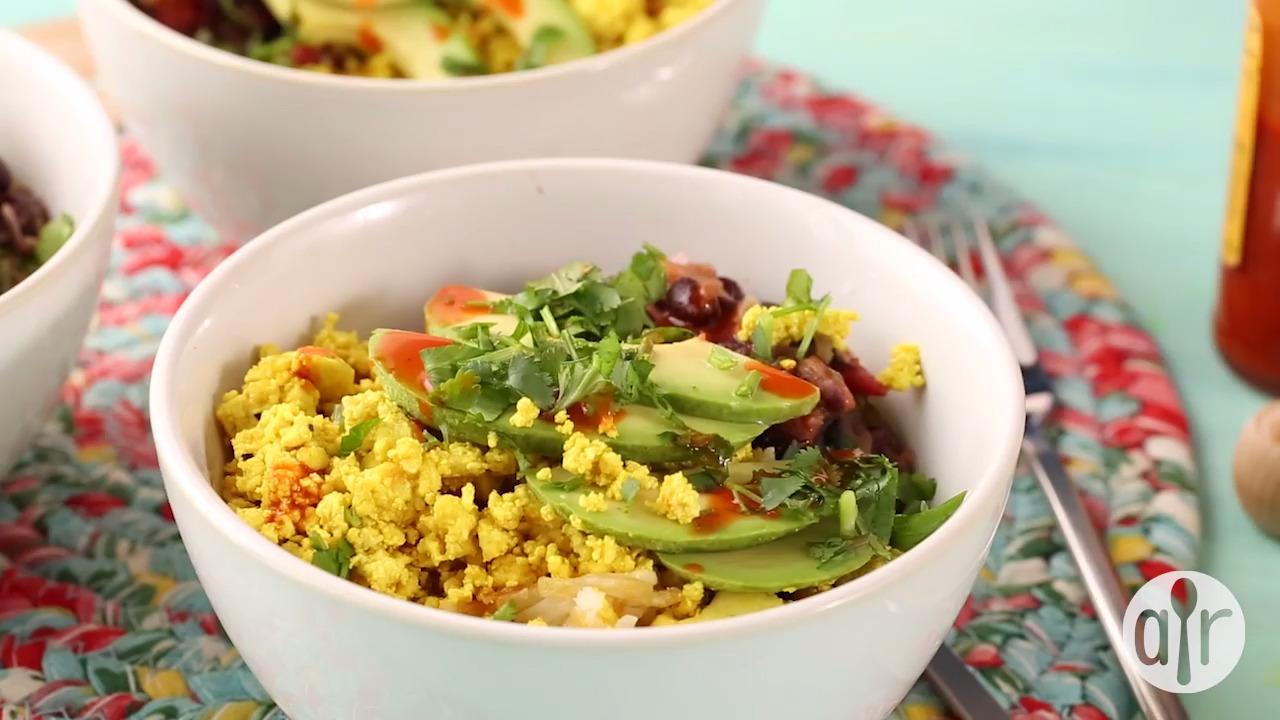 ultimate tofu breakfast burrito bowls video