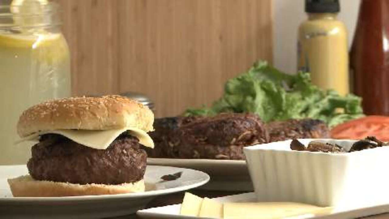 moms legendary stuffed hamburgers video