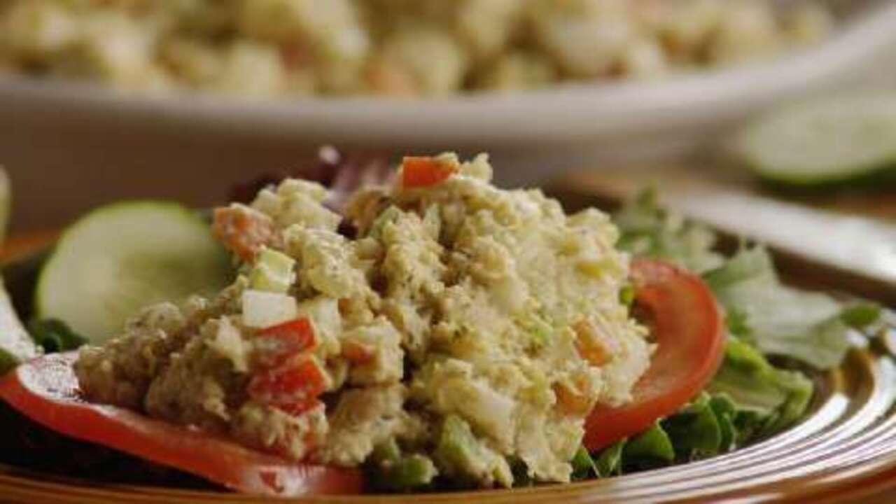 vegetarian chickpea sandwich filling video