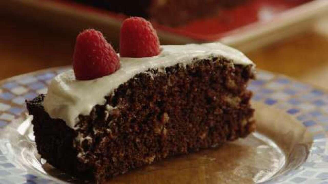vegan chocolate cake video