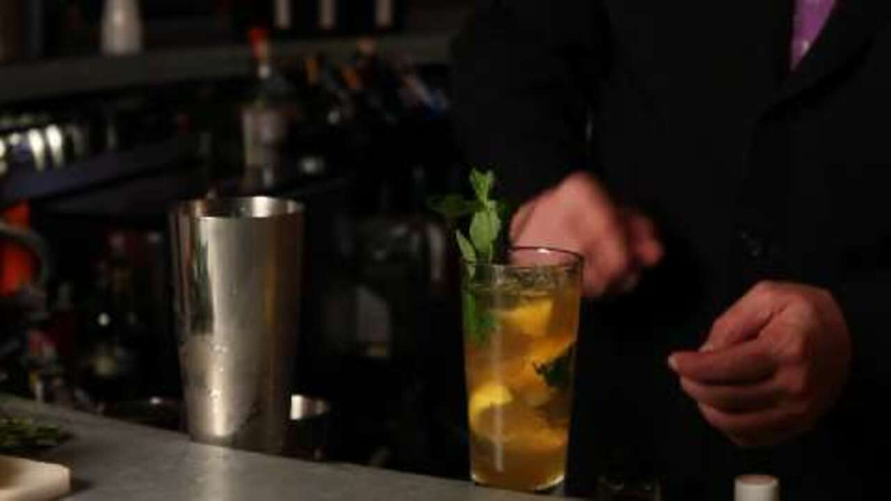 creolo cocktail video