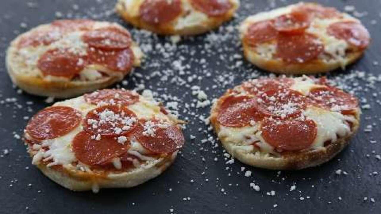 Fast English Muffin Pizzas Recipe Allrecipescom