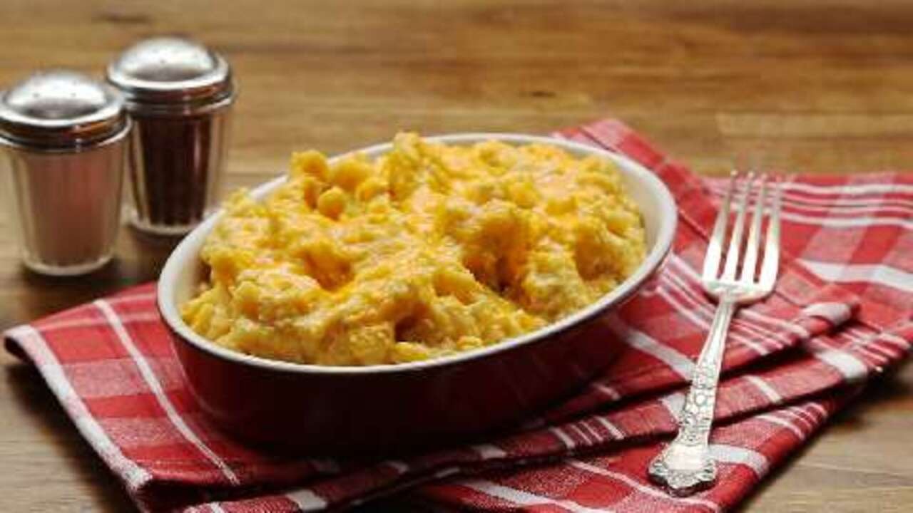 slow cooker macaroni and cheese video