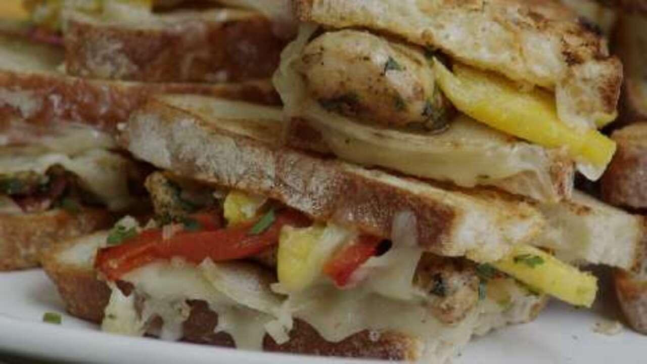 amazing southwest chicken sandwiches video
