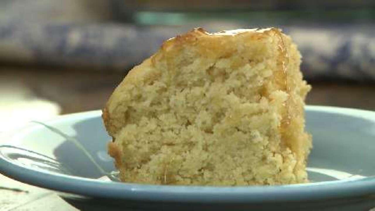 fluffy gluten free cornbread video