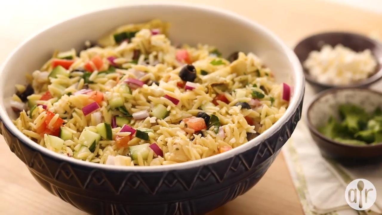 greek orzo salad video