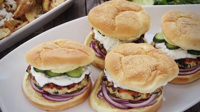 Spinach and Feta Turkey Burgers Video