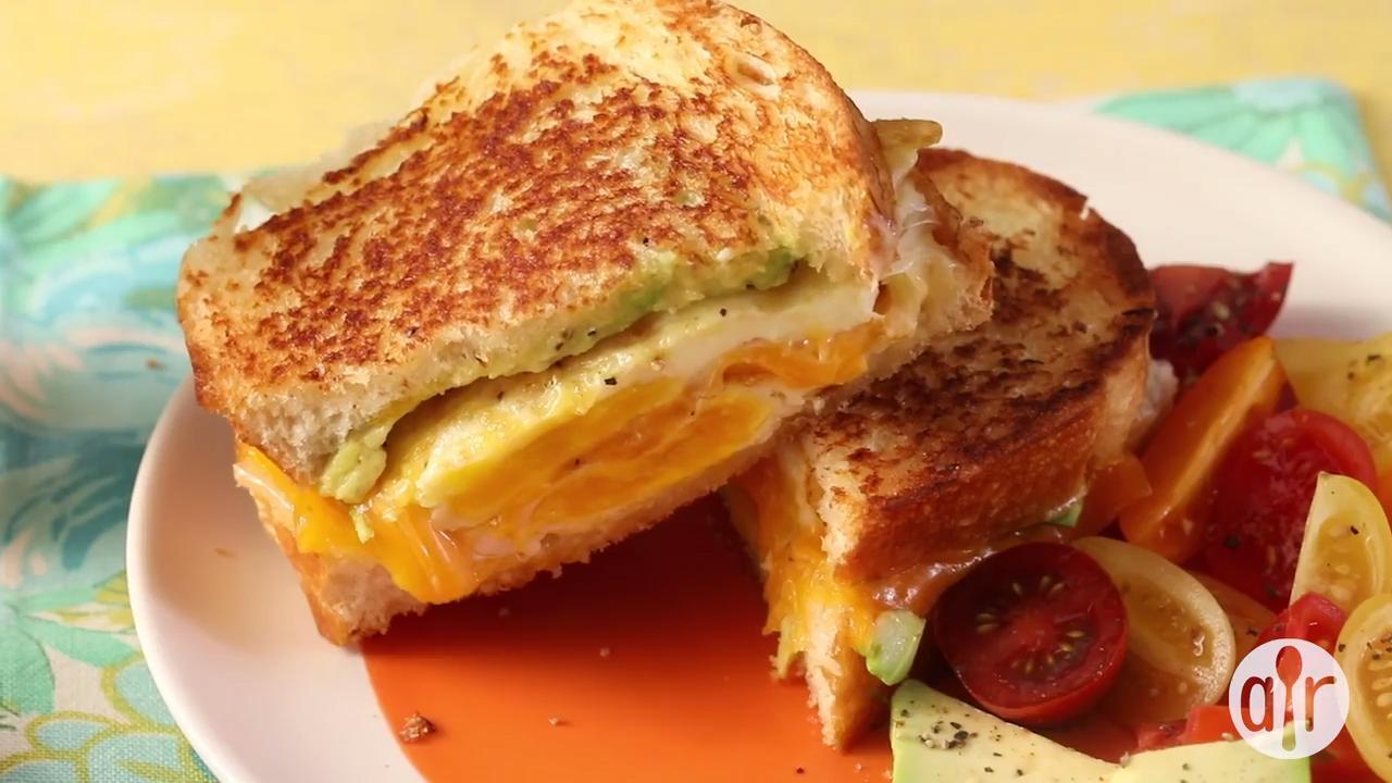 avocado breakfast sandwich video