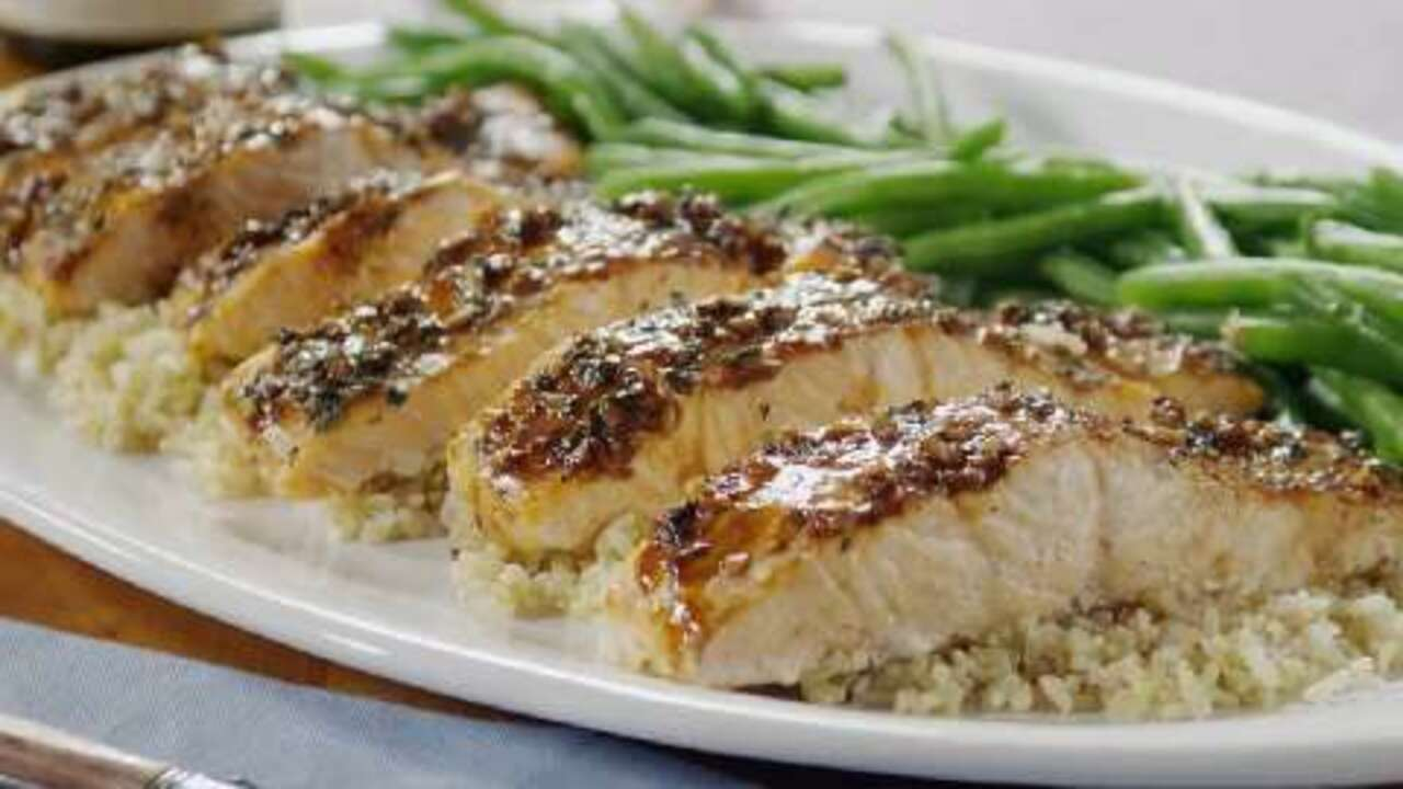 Balsamic-Glazed Salmon Fillets Video