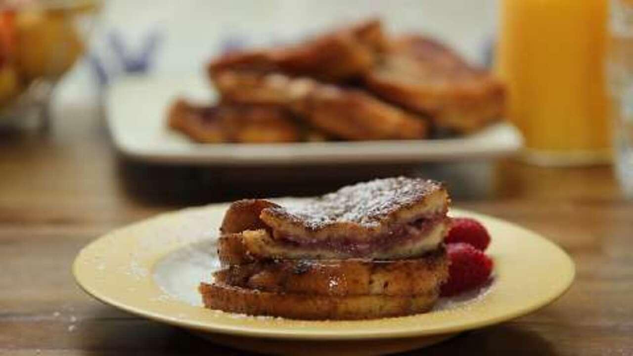 raspberry cheesecake stuffed french toast video