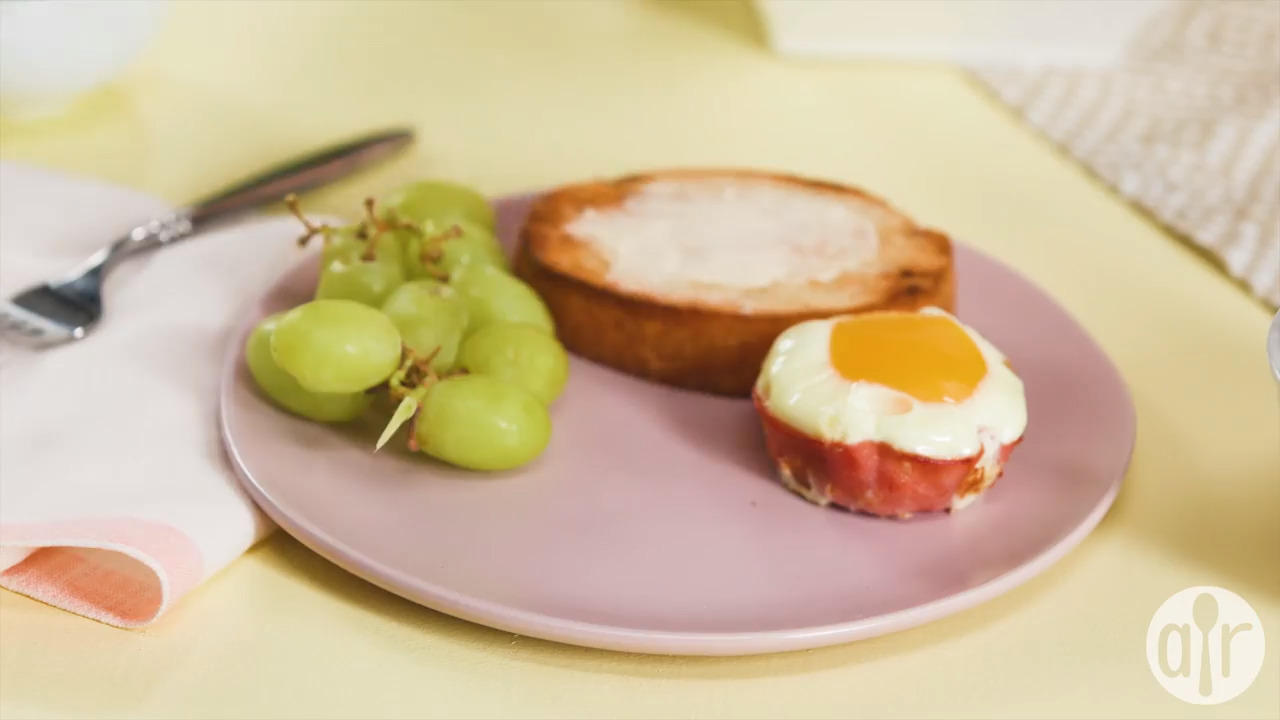 breakfast ham and egg cups video