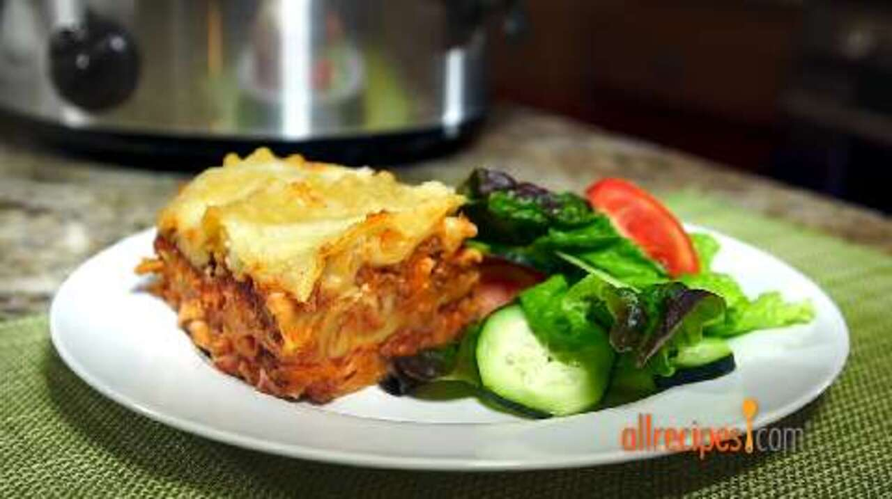slow cooker lasagna video