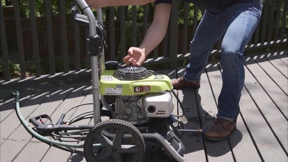 How to Clean Your Deck