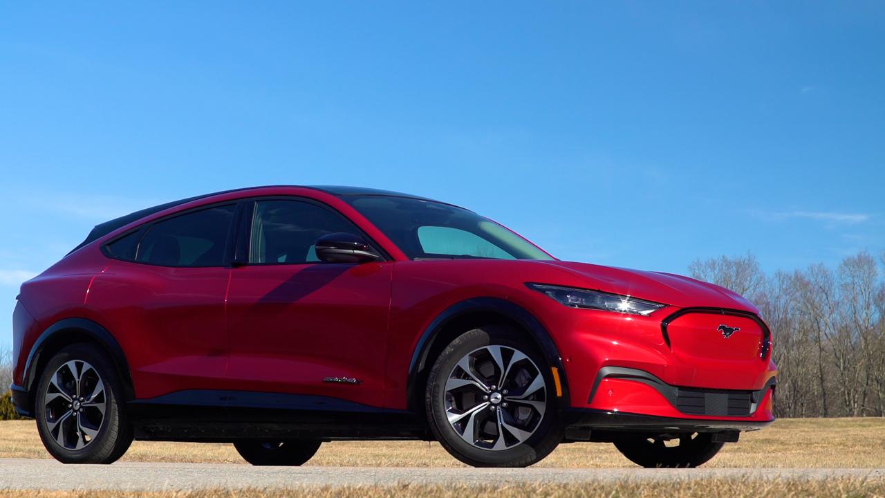 Talking Cars #293: Ford Mustang Mach-E | Tesla