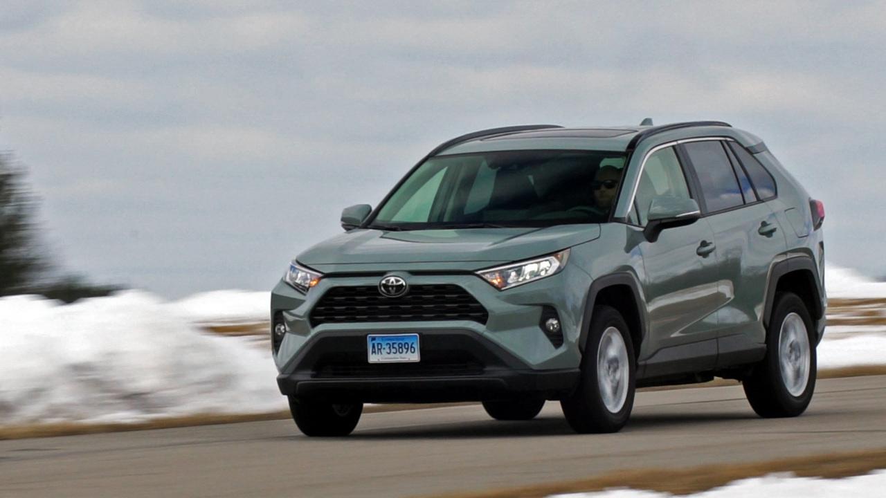 Talking Cars #291: Driving the 2021 Hyundai Elantra