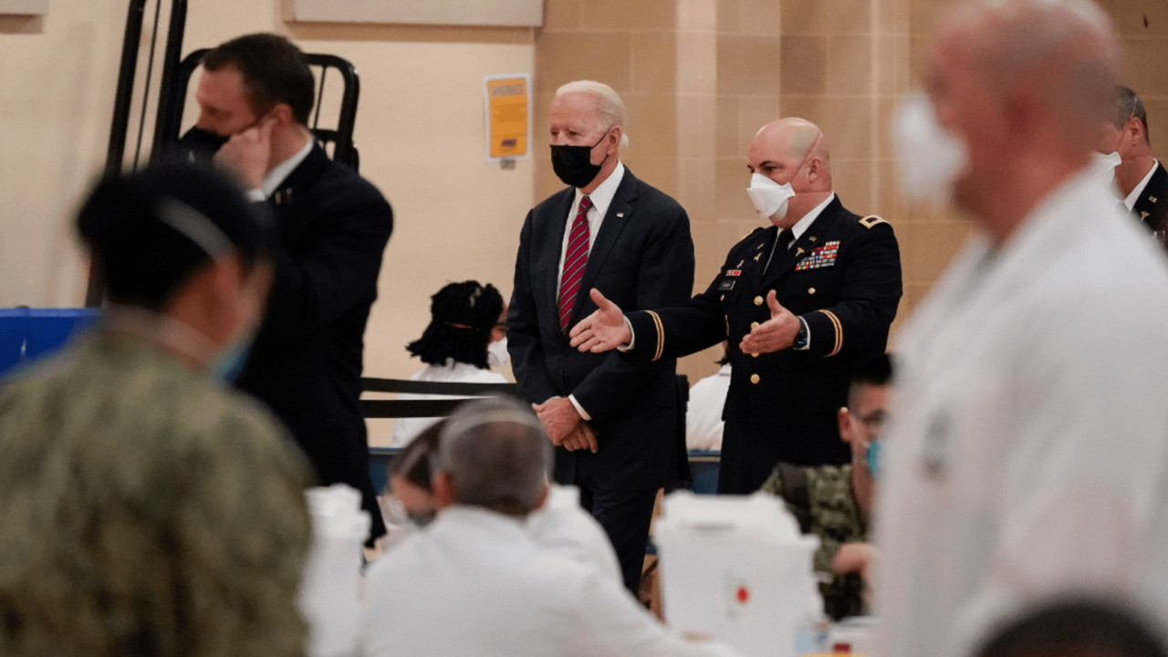 [:en]Biden administration deploys greater than 1,000 active-duty troops to help vaccination efforts[:]
