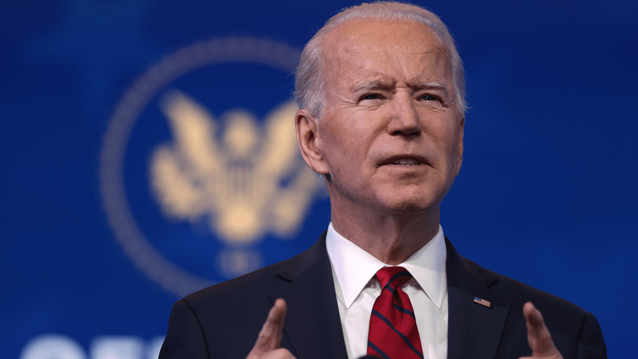 Biden warns of challenges ahead as he rolls out new vaccine plan