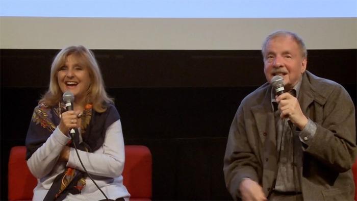 Dominique Michel et Claude Fournier discutent du tournage du film Je suis loin de toi Mignonne (1976)