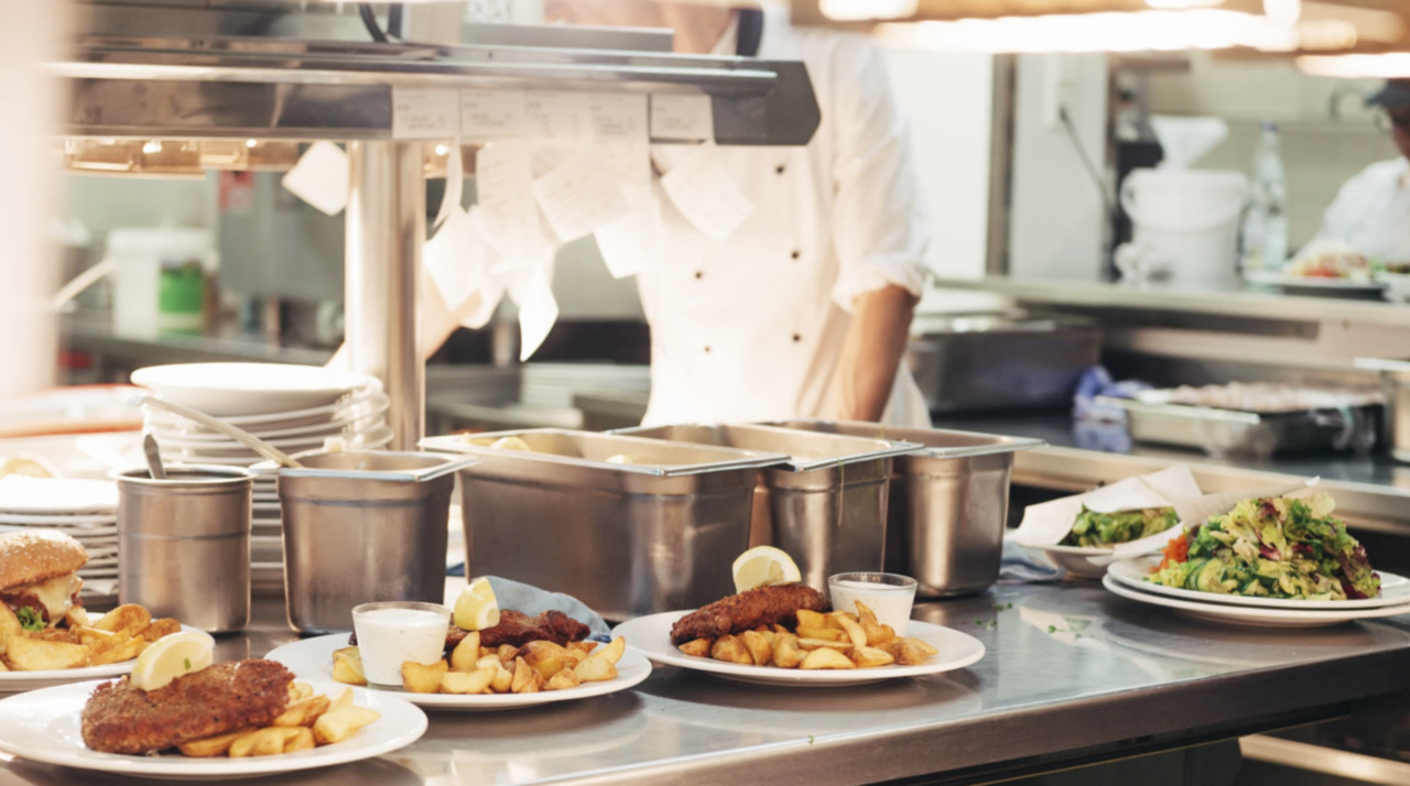 US Restaurants Up Prices to Offset Labor Inflation on Strong Demand