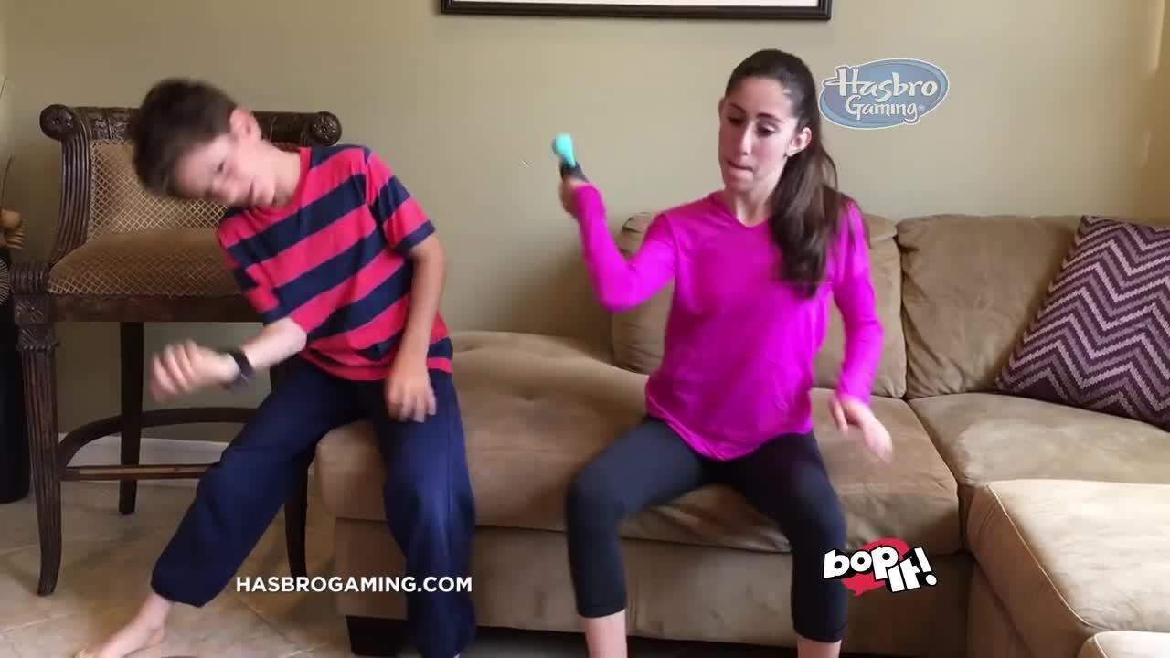 Hasbro Gaming  ¡Nuevo Bop It de Hasbro Gaming!
