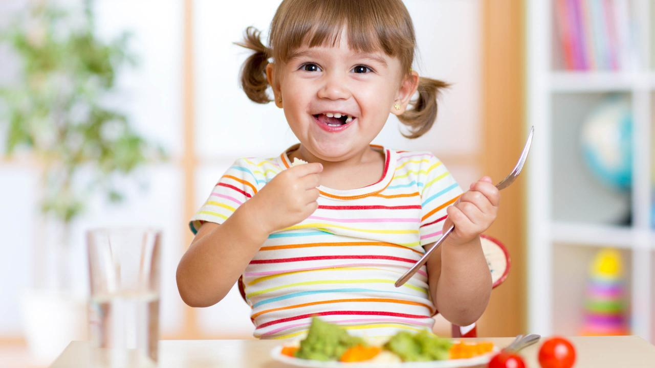 How to Spot Food Allergies in Kids