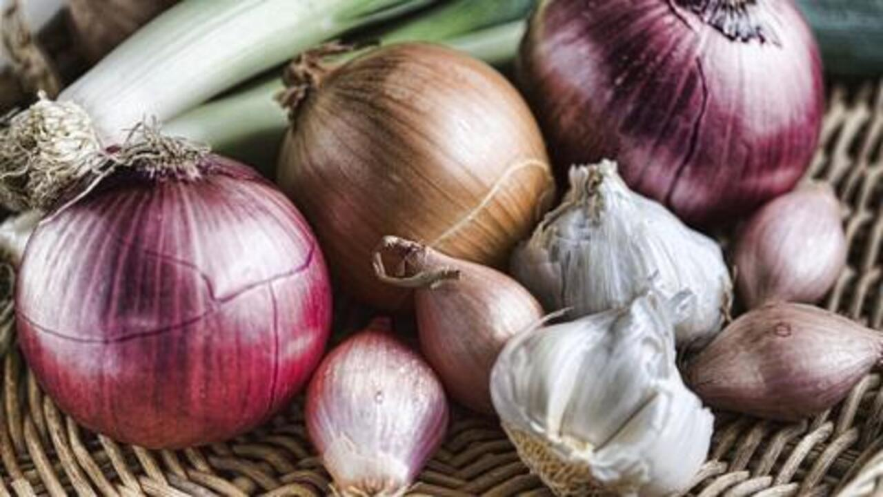 A Better Way to Store Onions