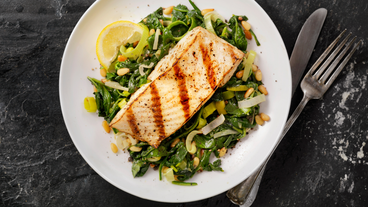 Eating Fish Several Times a Week Lowers Stroke Risk by a Third
