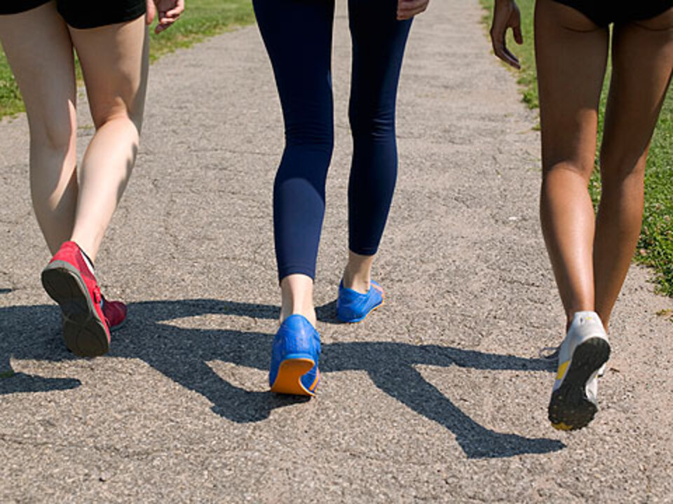 Take Baby Steps to Burn Calories When You Walk