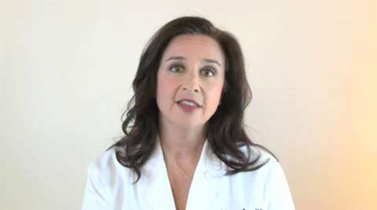 Can a Proper Diet Help in Dealing with Hot Flashes?