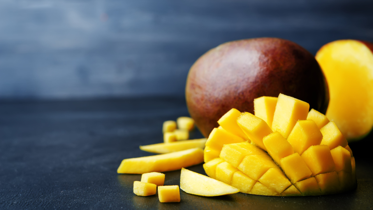 Eat Anti-Aging Mangos for Younger-Looking Skin