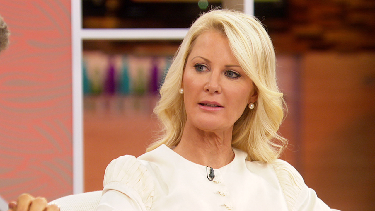 Sandra Lee Opens Up About Her Breast Cancer Diagnosis