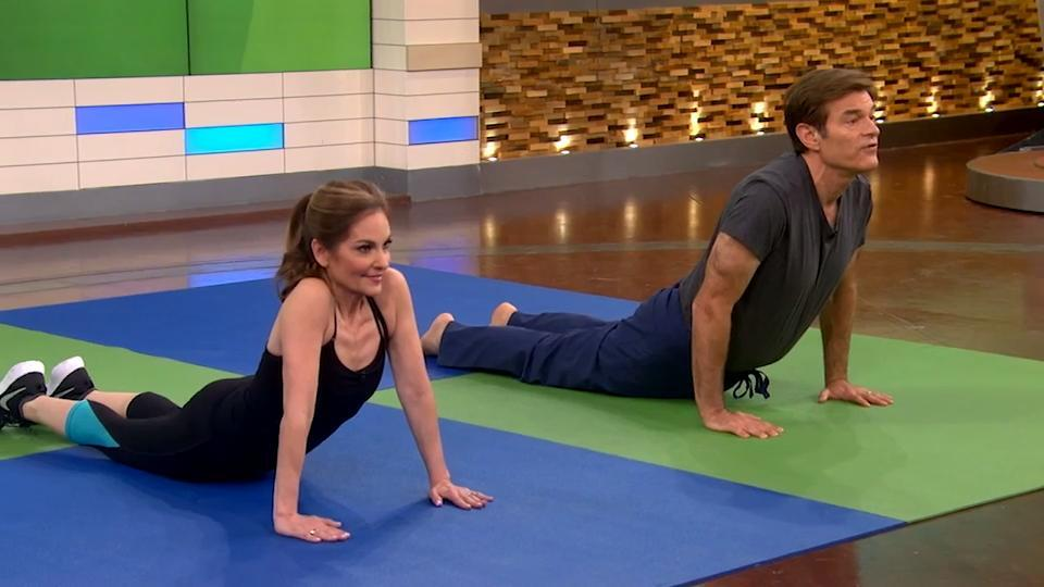 Start Your Day With Dr. Oz and Joy Bauer's 7-Minute Workout