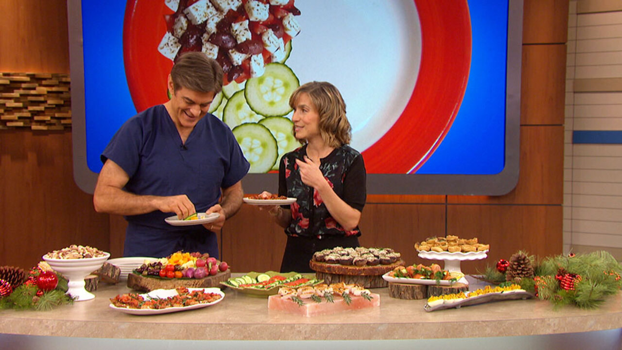 How Dr. Oz Eats at a Holiday Party