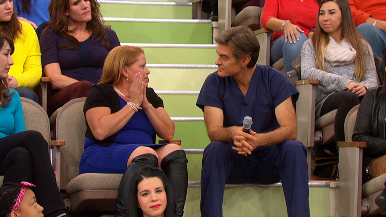 Dr. Oz Talks to His Audience About Fitness Trackers