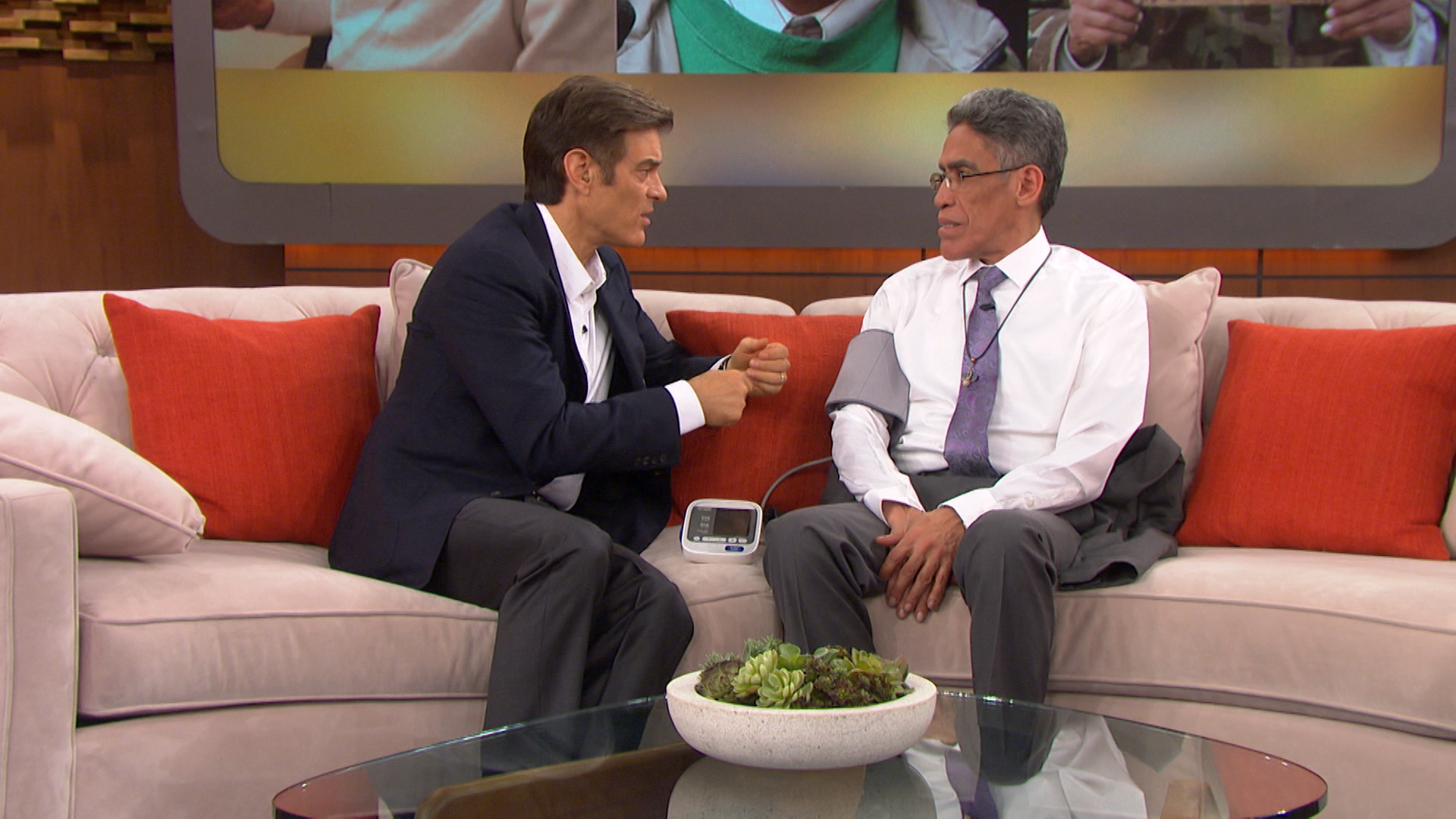 Dr. Oz Checks in With the Man With the Golden Voice