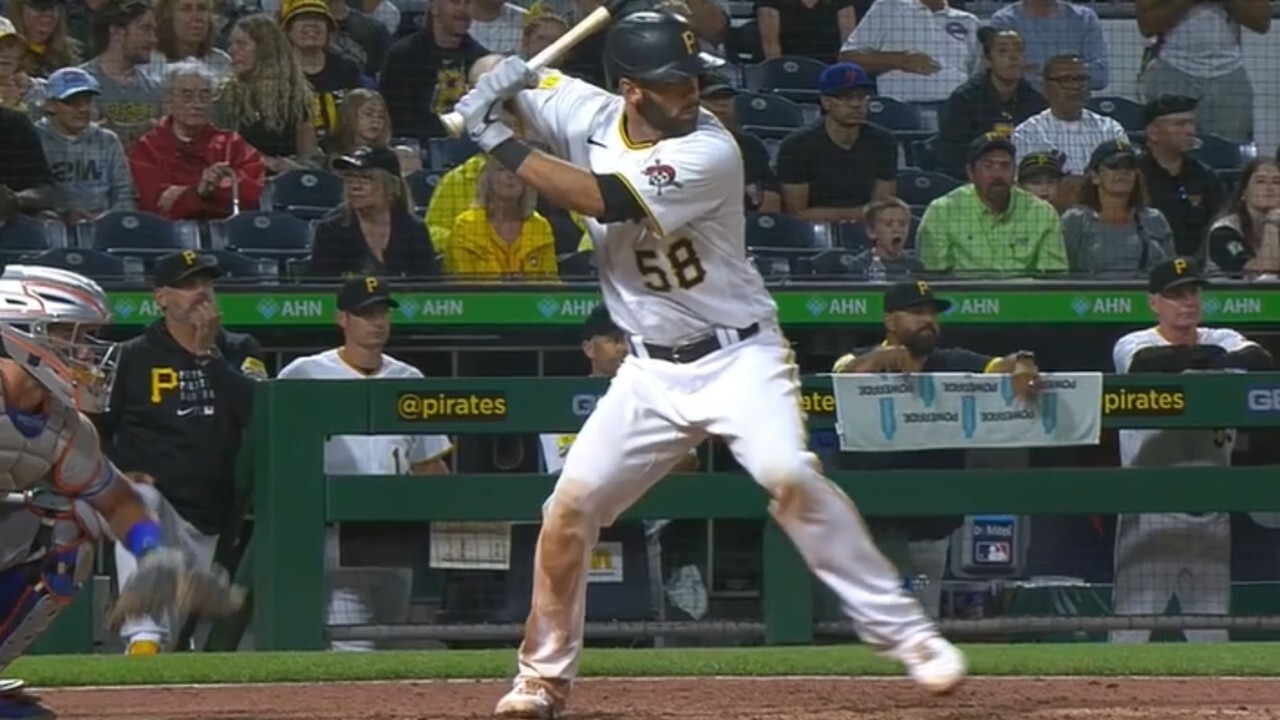 Pirates' Stallings crushes an exit grand slam against the Mets