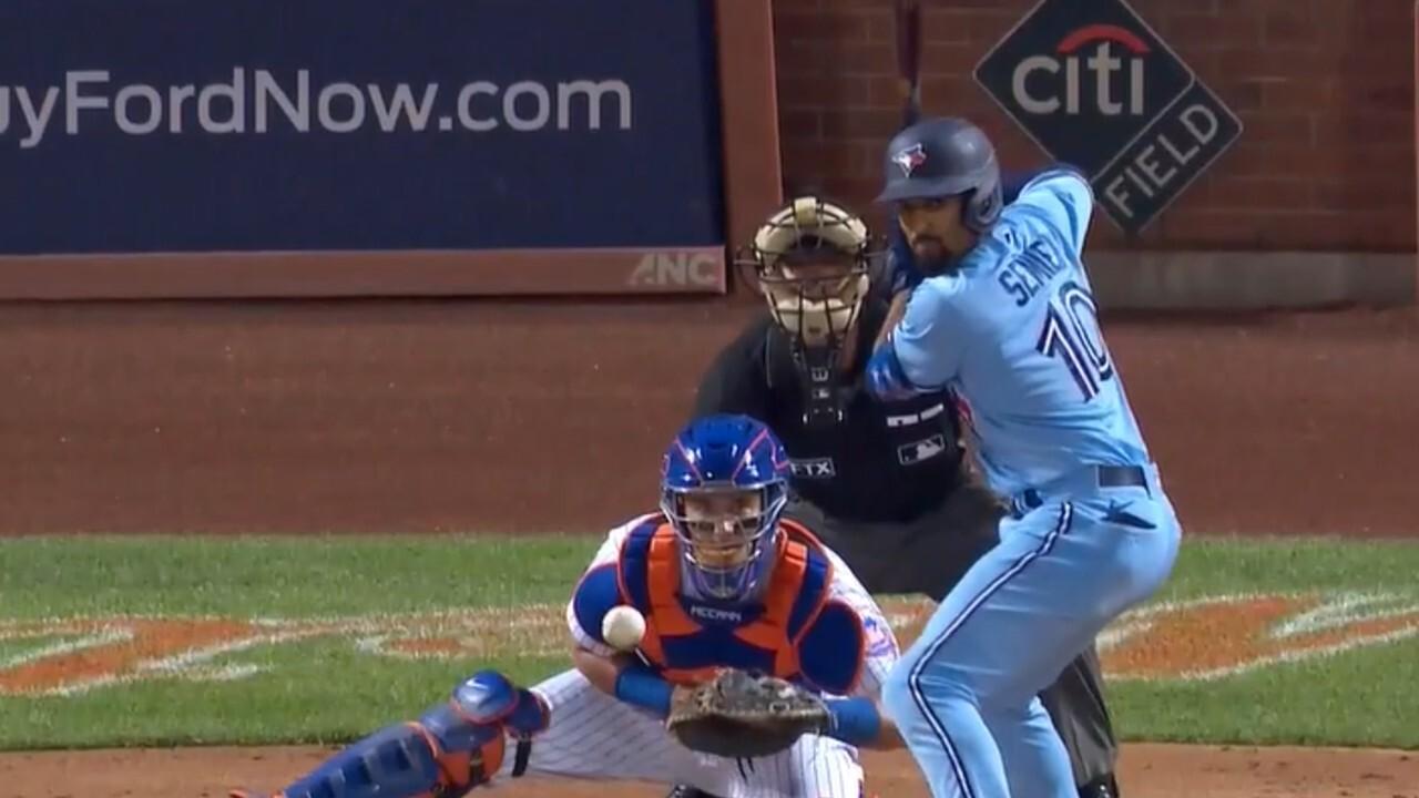 Semien crushes a three-run homer against the Mets
