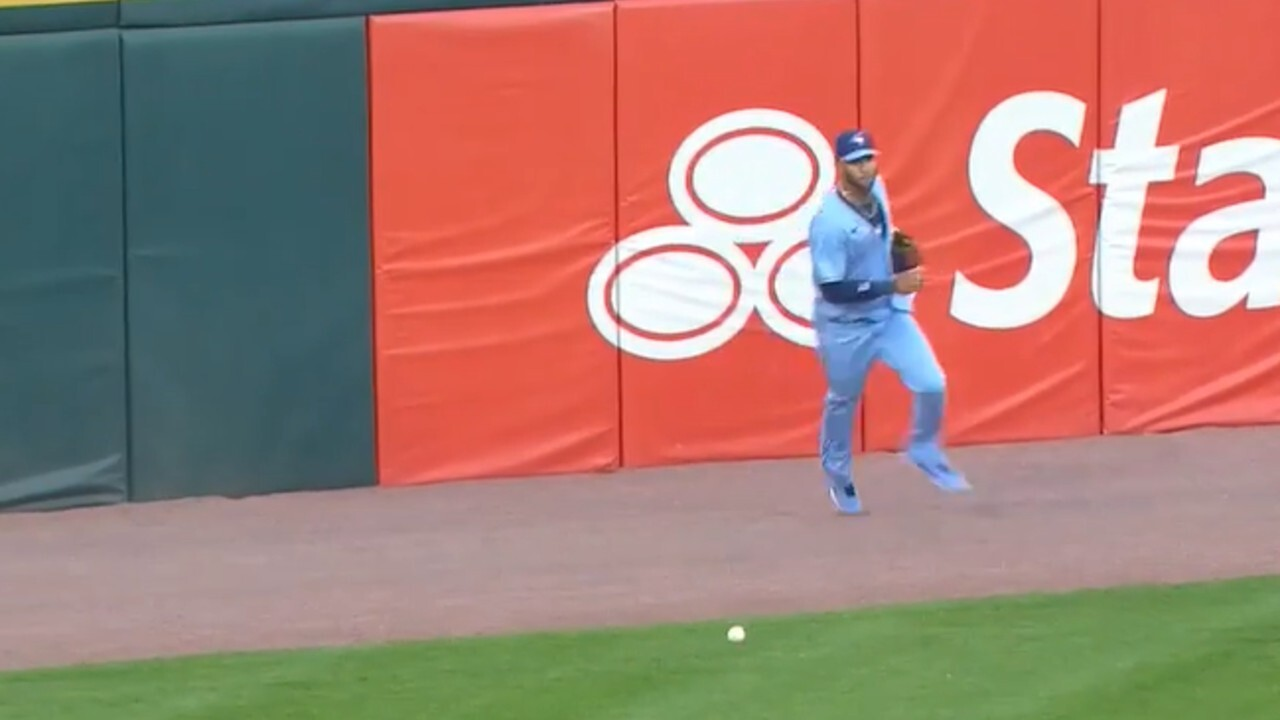 How does Gurriel improve on ball tracking in the outfield?