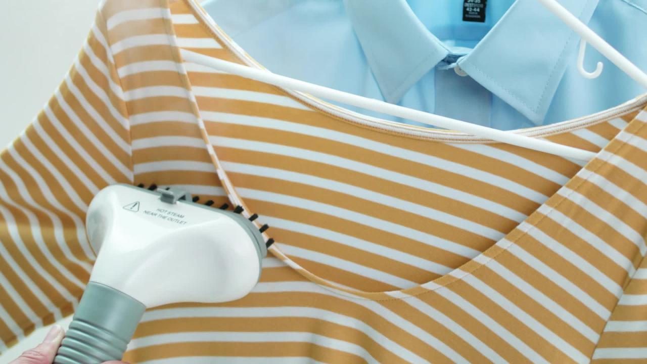 One Size Design Go Garment Steamer White
