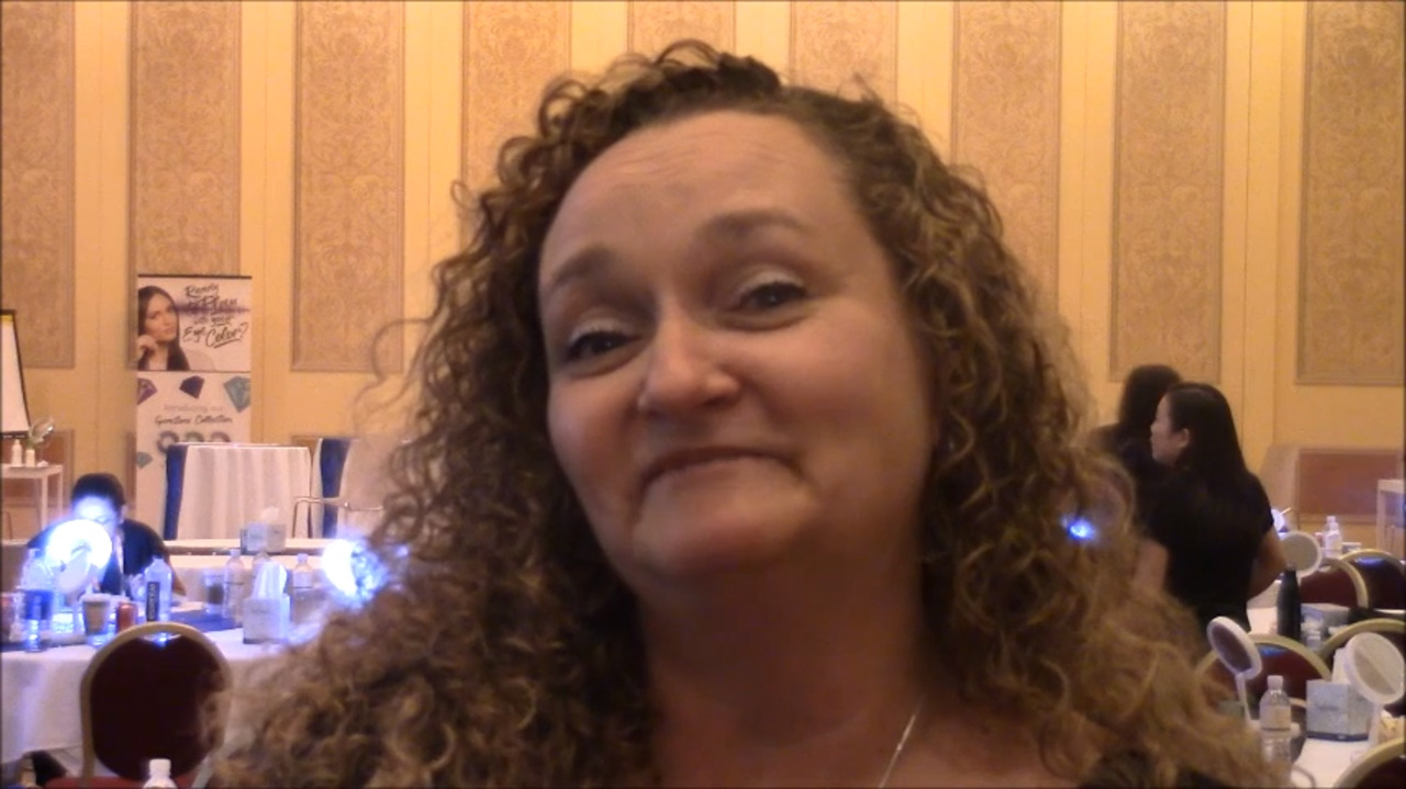 VIDEO: Technician plans to educate colleagues on color contacts