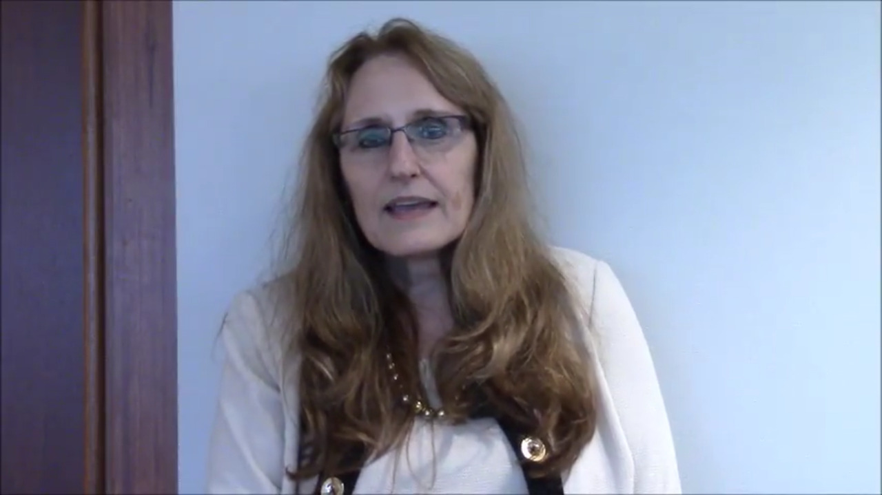 VIDEO: Crash course on biologic use, procedures in small bowel, terminal ileal disease