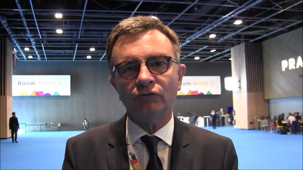 VIDEO: Benefits of epi-on cross-linking with oxygen supplementation