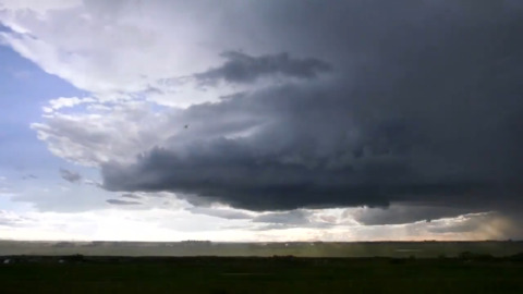 CLOUDS SWIRL IN STUNNING  SUPERCELL TIMELAPSE