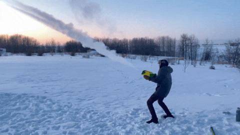 GETTING OUT THE WATER GUN IN -40C IS JUST SO AWESOME