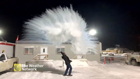 EPIC HOT WATER TOSS IN MANITOBA SHOWS JUST HOW COLD IT REALLY IS