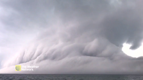 TIME-LAPSE OVER ONTARIO'S GEORGIAN BAY DOESN'T LOOK REAL, SEE IT