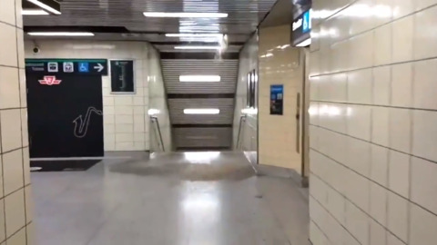 RAIN POURS FROM CEILING AT TORONTO SUBWAY STATION, FORCES CLOSURE