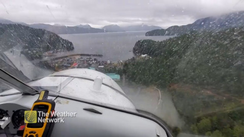 SIT IN THIS PILOT'S SEAT FOR A RAINY WATER LANDING